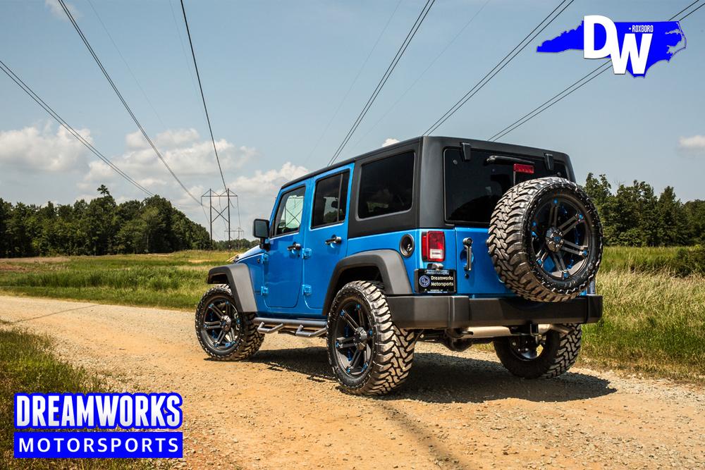 Blue-Jeep-Wrangler-Dreamworks-Motorsports-3.jpg