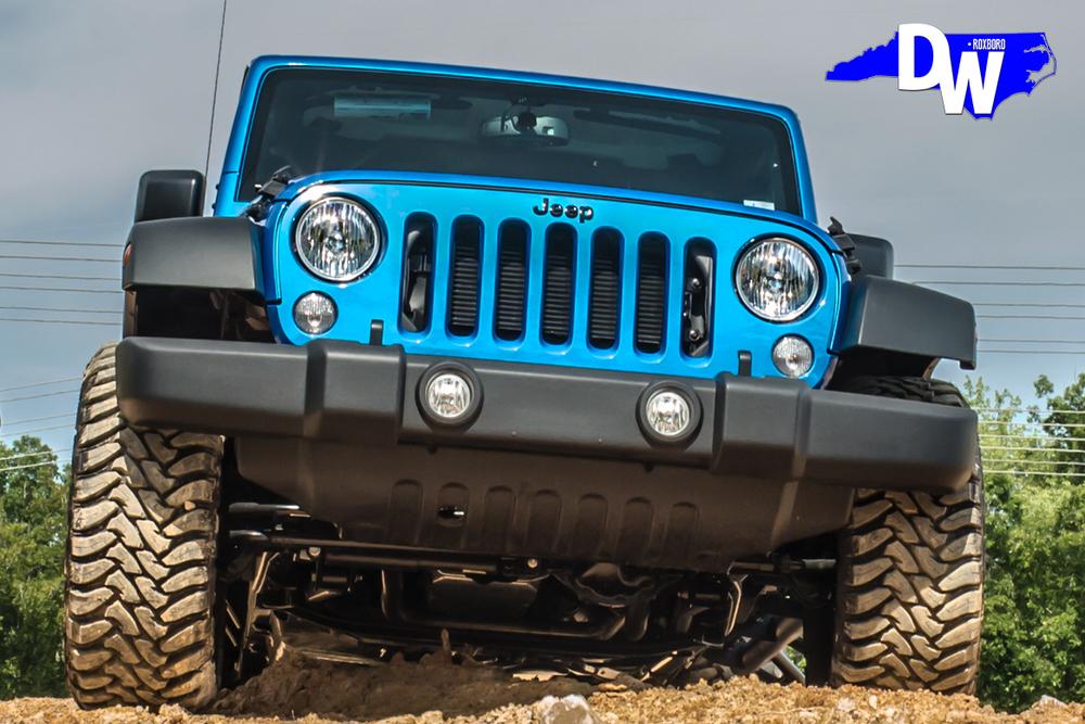 Blue-Jeep-Wrangler-Dreamworks-Motorsports-5.jpg
