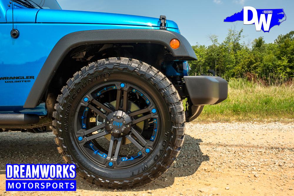 Blue-Jeep-Wrangler-Dreamworks-Motorsports-6.jpg