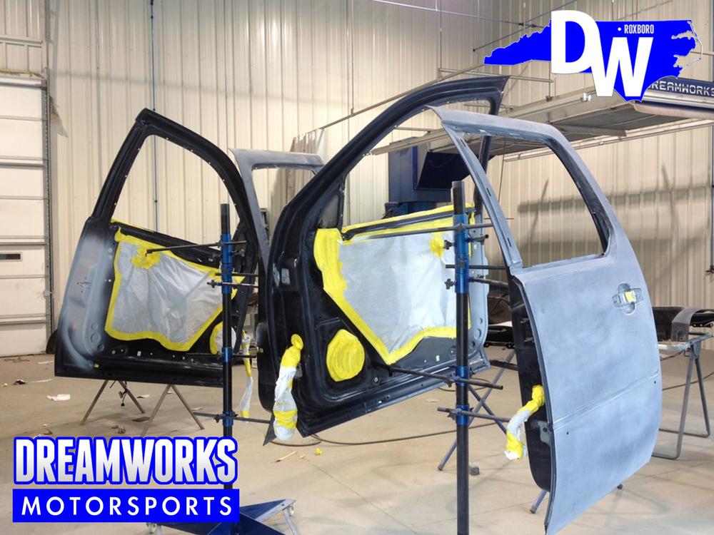 Cadillac-Escalade-Color-Change-Dreamworks-Motorsports-8.jpg