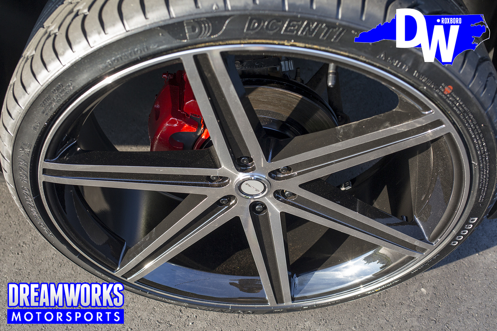 Chevrolet-Suburban-Dreamworks-Motorsports-4.jpg