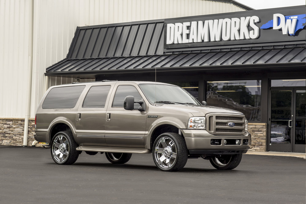 Ford-Excursion-Dreamworks-Motorsports-1.jpg