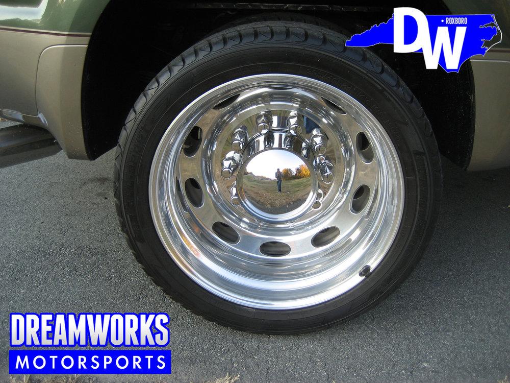 Ford-F350-Semi-Wheels-Dreamworks-Motorsports-5.jpg