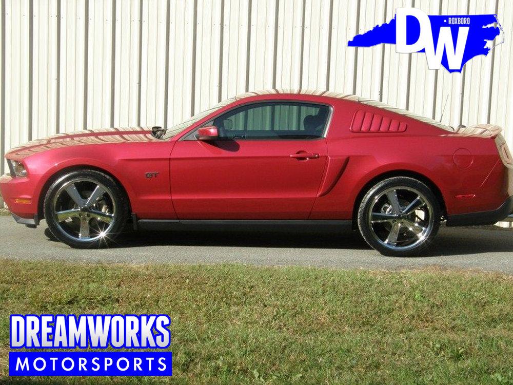 Ford-Mustang-GT-KMC-Dreamworks-Motorsports-2.jpg