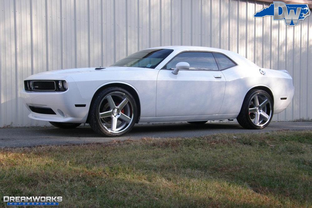 TJ-Graham-Dodge_Challenger_By_Dreamworks_Motorsports-2.jpg