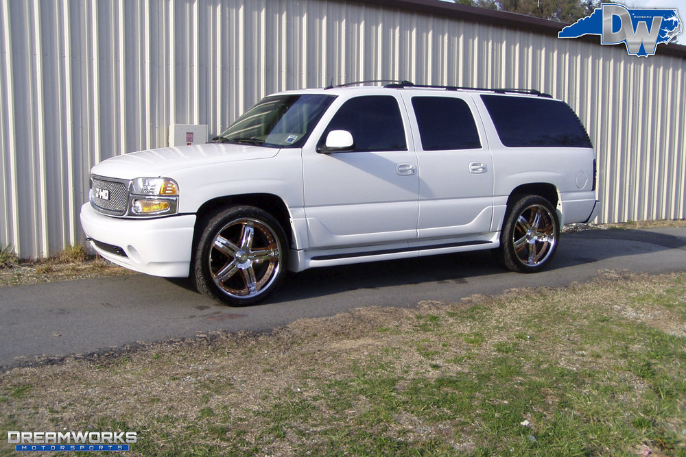 Howard-GMC_Denali_By_Dreamworks_Motorsports-8.jpg