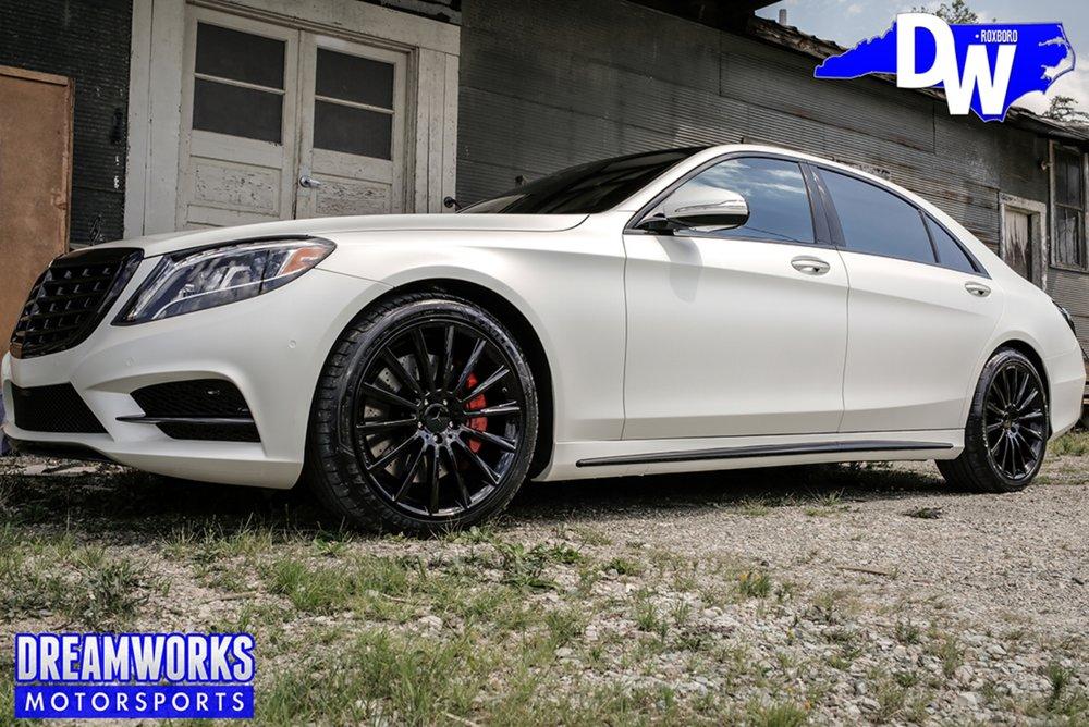 Linval-Joseph-NFL-Minnesota-Vikings-Mercedes-S550-By-Dreamworks-Motorsports-8.jpg