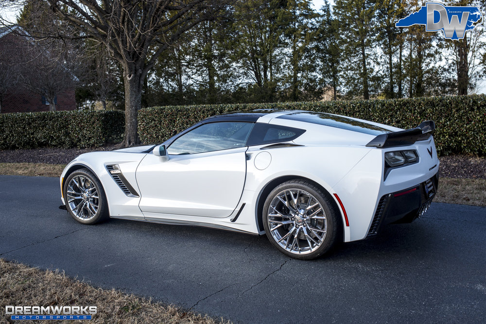 Chevrolette_Corvette_Z06_By_Dreamworks_Motorsports-6.jpg