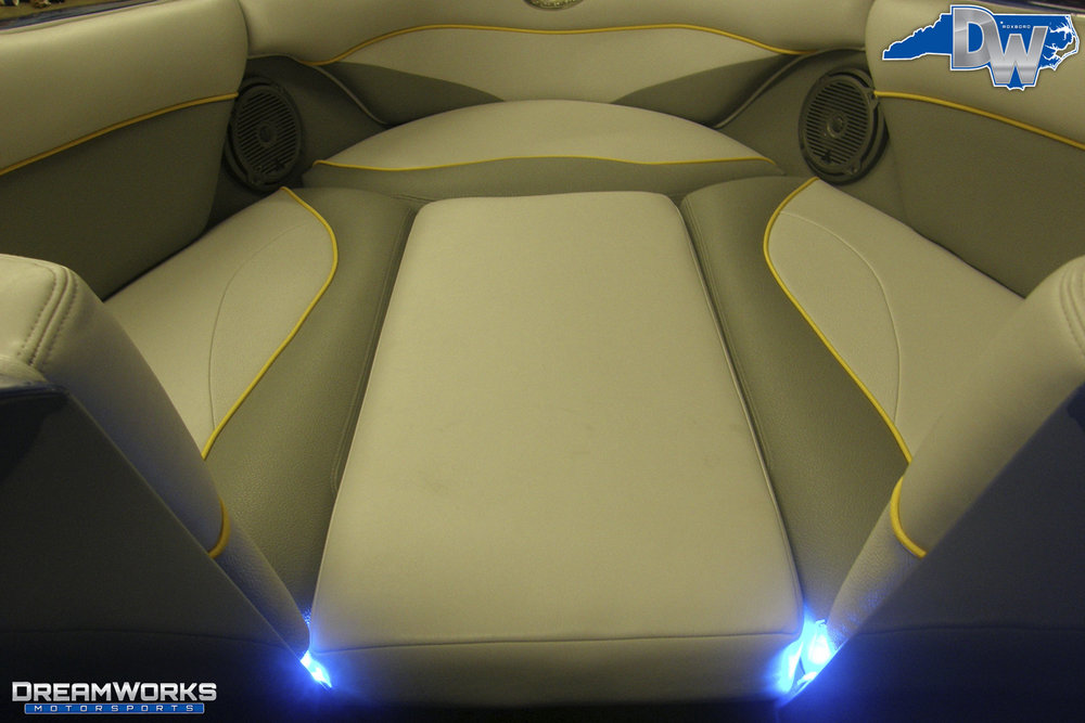 Supra-Launch-Wakeboard-Boat-Dreamworks-Motorsports-20.jpg
