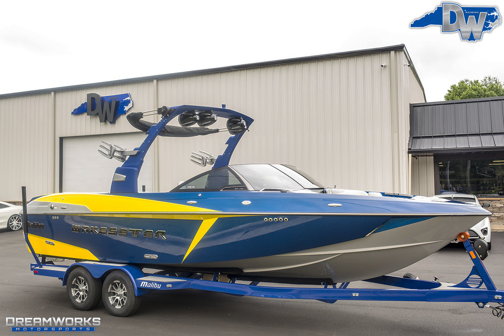 Malibu-Boat-Dreamworks-Motorsports-2.jpg