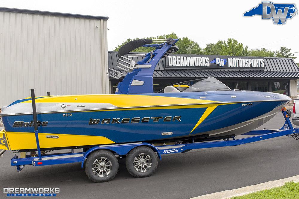 Malibu-Boat-Dreamworks-Motorsports-3.jpg