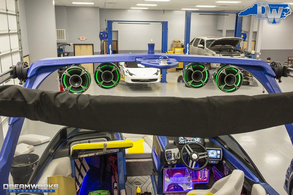 Malibu-Boat-Dreamworks-Motorsports-4.jpg