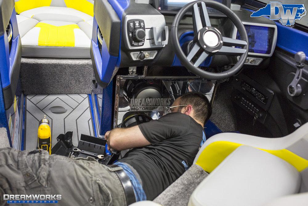 Malibu-Boat-Dreamworks-Motorsports-5.jpg