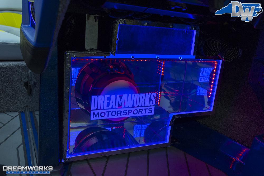 Malibu-Boat-Dreamworks-Motorsports-6.jpg