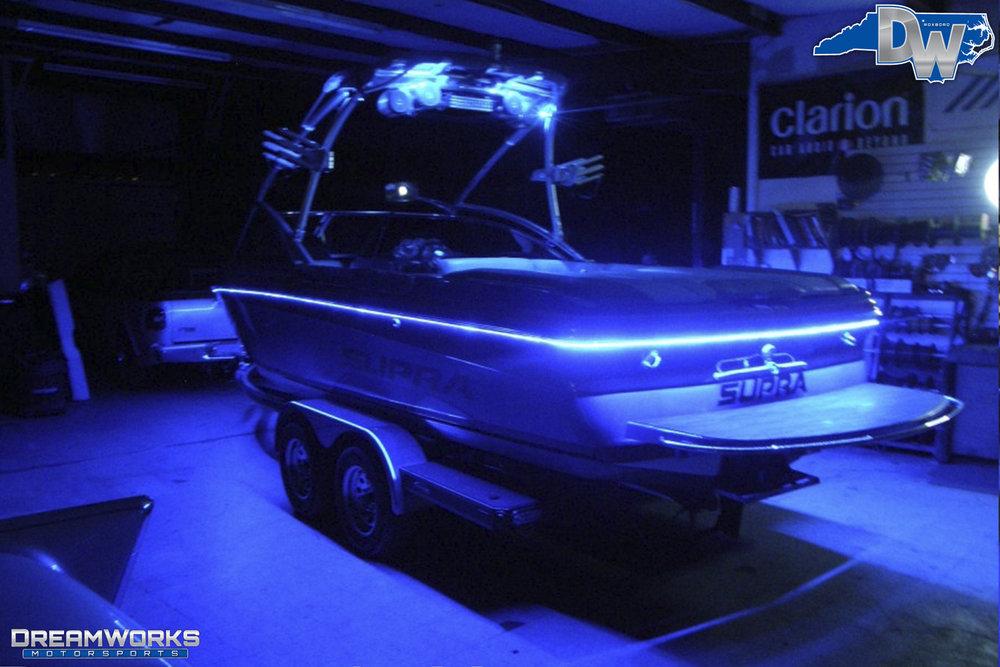 Supra-Launch-Wakeboard-Boat-Dreamworks-Motorsports-7.jpg
