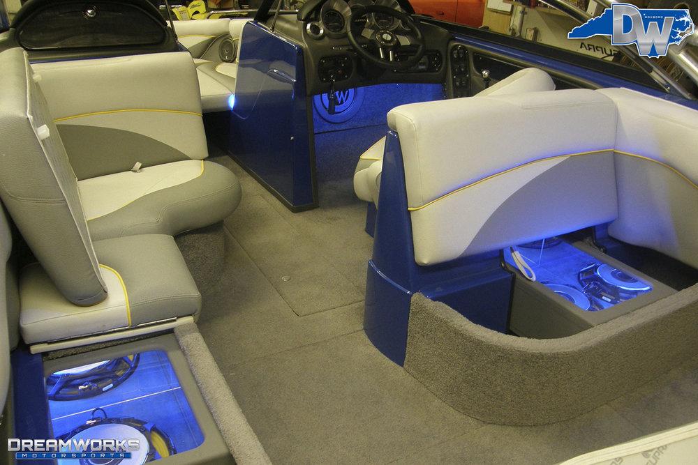 Supra-Launch-Wakeboard-Boat-Dreamworks-Motorsports-16.jpg
