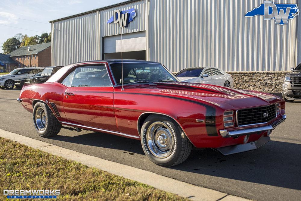 69-Chevrolet-Camaro-Dreamworks-Motorsports-2.jpg