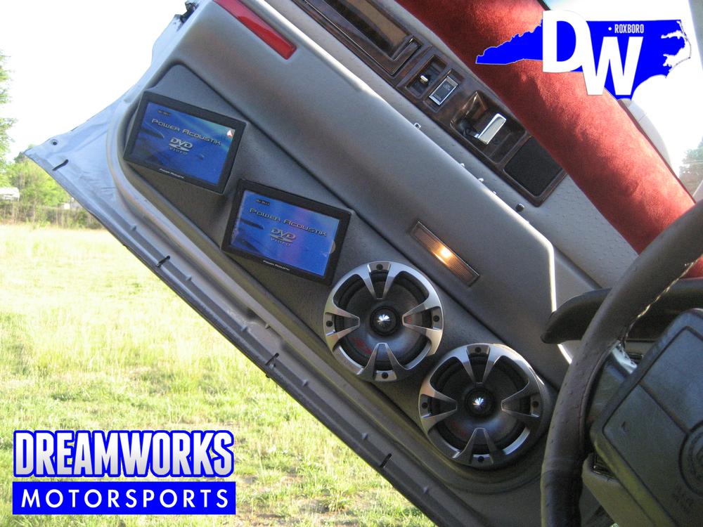 Cadillac-Fleetwood-Dreamworks-Motorsports-6.jpg