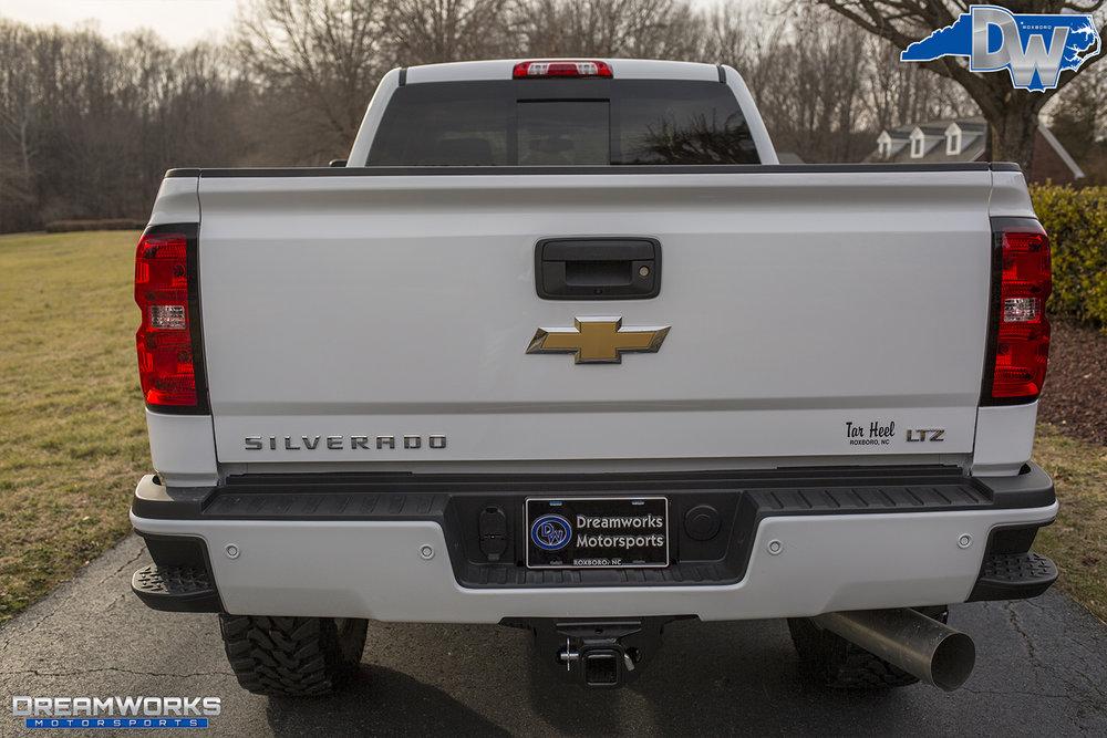 White-Chevy-Silverado-Z71-7.jpg