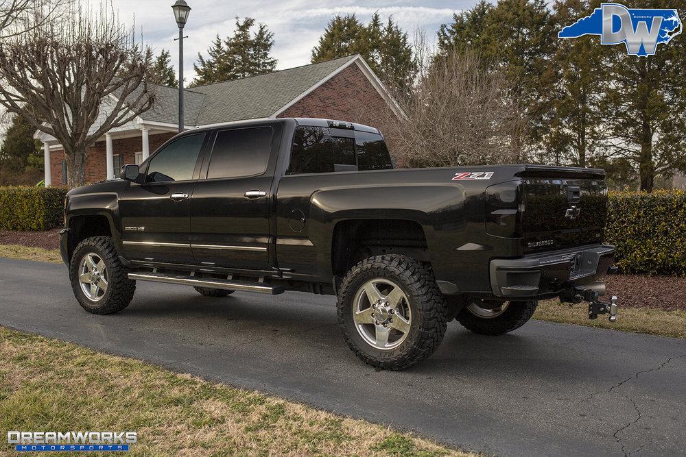 Black-Chevrolet-Silverado-Dreamworks-Motorsports-3.jpg