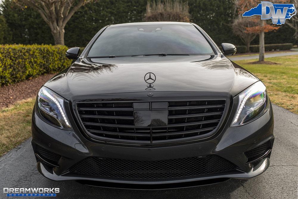 Mercedes-Benz-Trai-Turner-DW-4.jpg