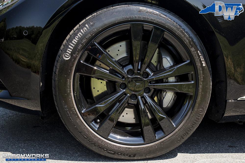 Black-Maybach-Dreamworks-Motorsports-4.jpg