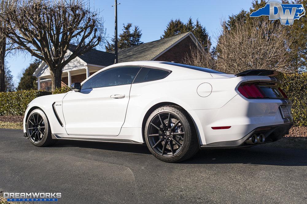 White-Shelby-Mustang-Dreamworks-Motorsports-6.jpg