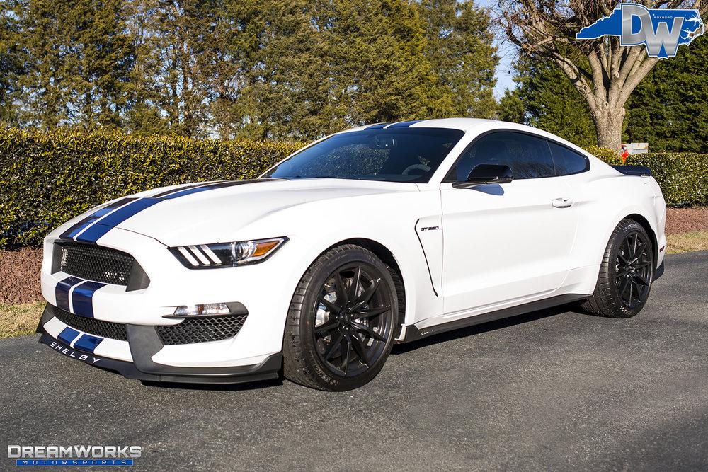 White-Shelby-Mustang-Dreamworks-Motorsports-2.jpg