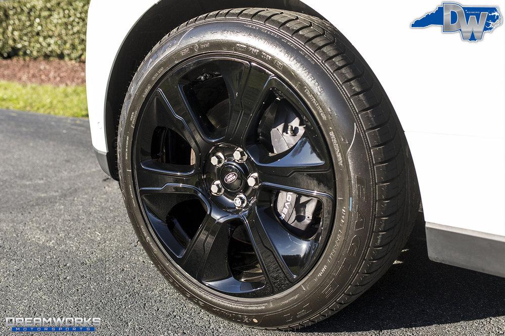 White-Range-Rover-Black-Wheels-Dreamworks-Motorsports-10.jpg