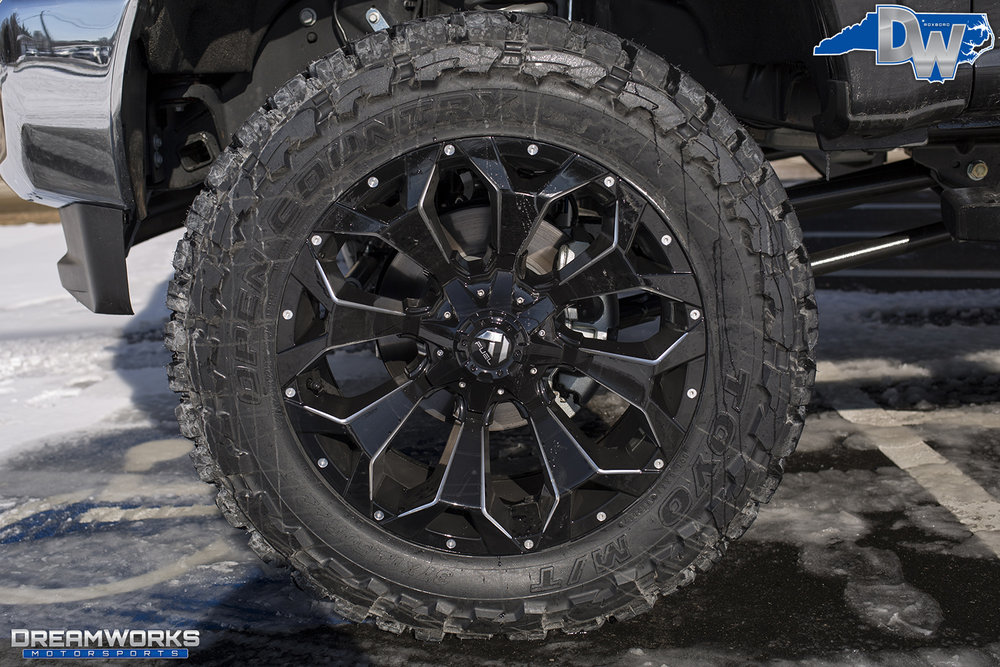 Black-Ford-F250-Super-Duty-Dreamworks-Motorsports-5.jpg