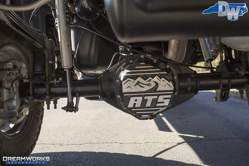 Black-Chevy-Silverado-Dreamworks-Motorsports-12.jpg