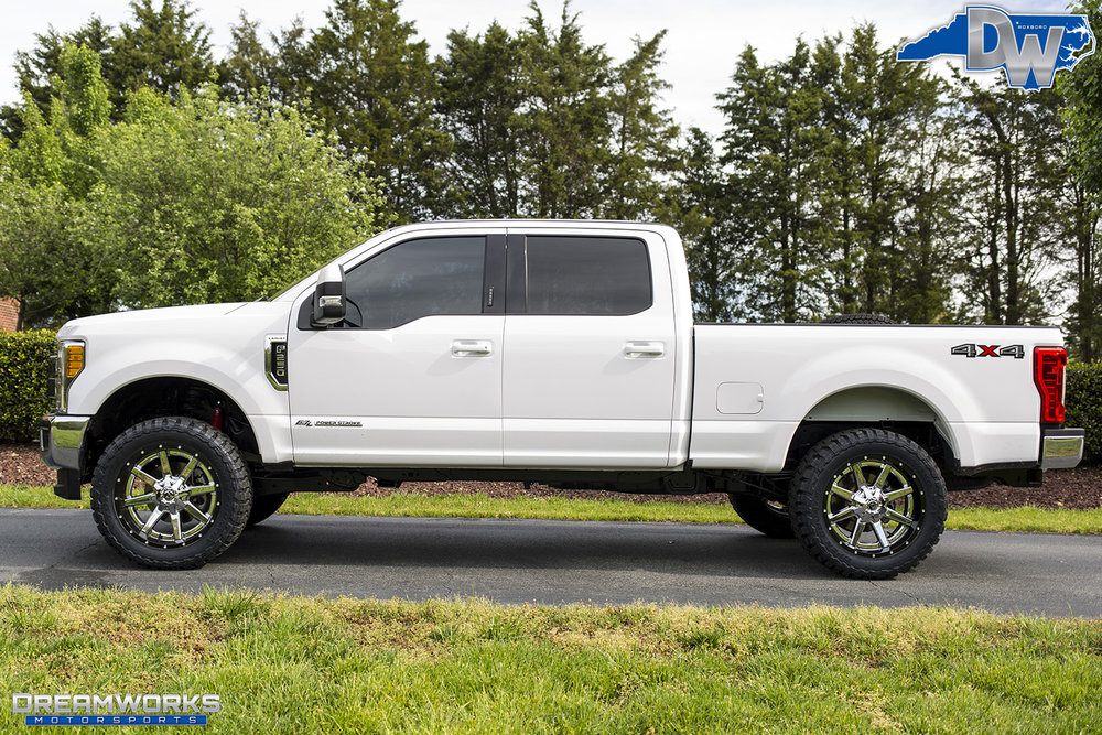 White-Ford-F250-Super-Duty-Dreamworks-Motorsports-3.jpg