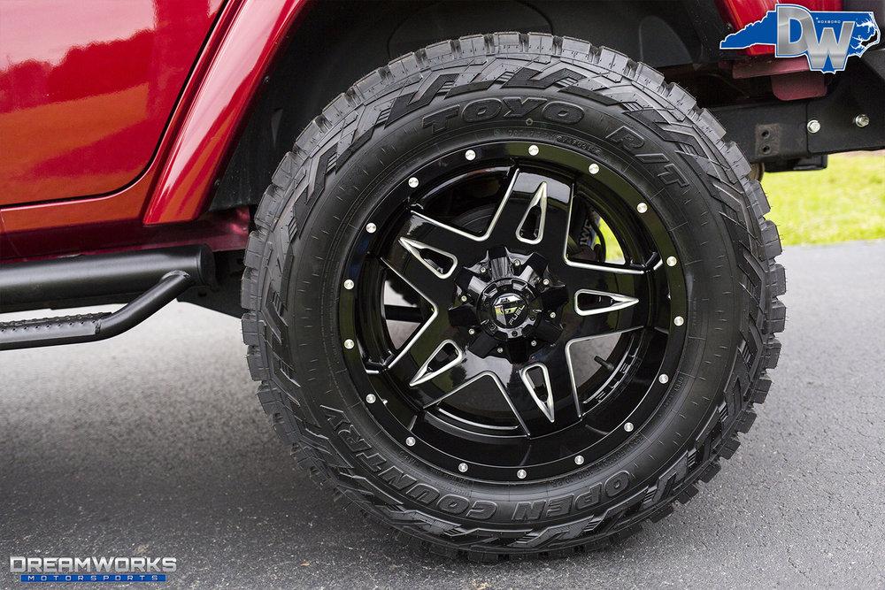 Burgundy-Jeep-Dreamworks-Motorsports-5.jpg