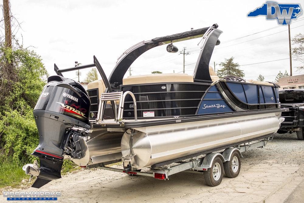 Pontoon-Boat-Dreamworks-Motorsports-12.jpg
