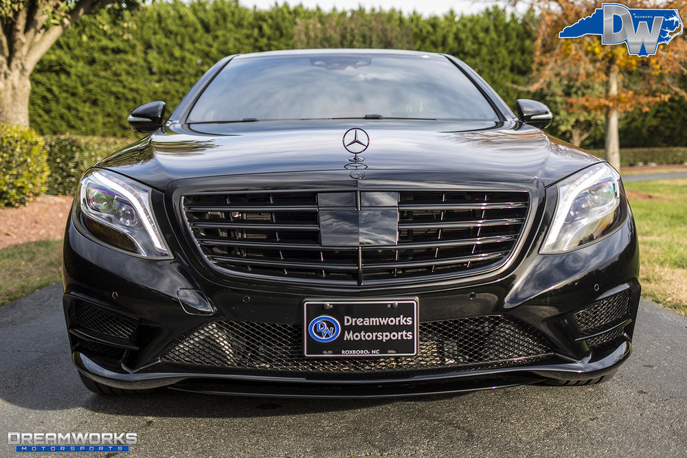 Black-Benz-Blue-Brakes-Dreamworks-Motorsports-5.jpg