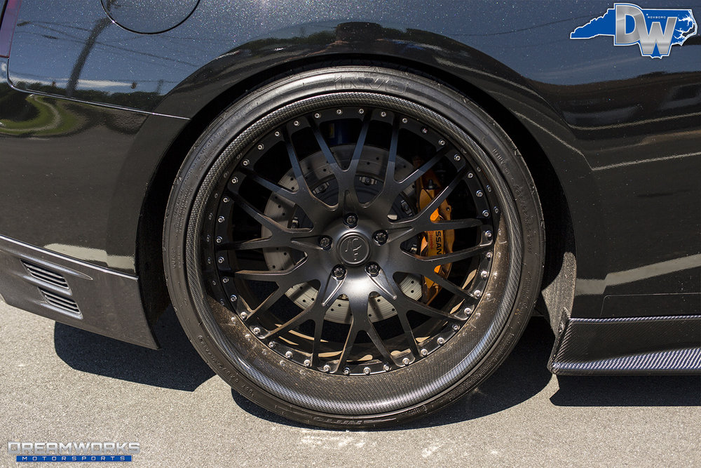 Black-Nissan-GTR-Dreamworks-Motorsports-4.jpg