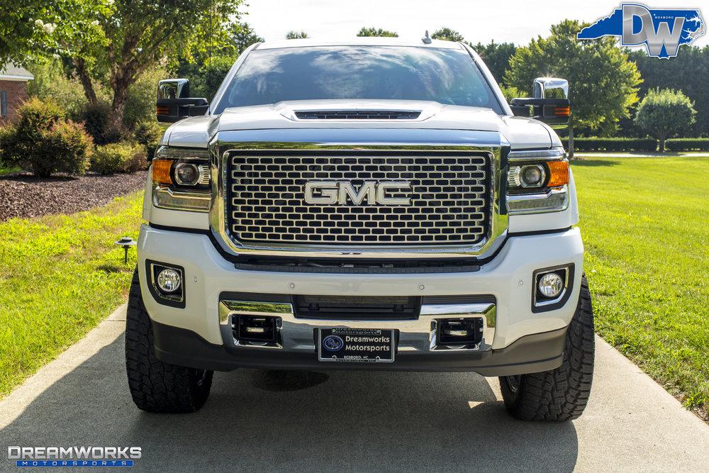 White-GMC-Denali-HD-Truck-Dreamworks-Motorsports-6.jpg