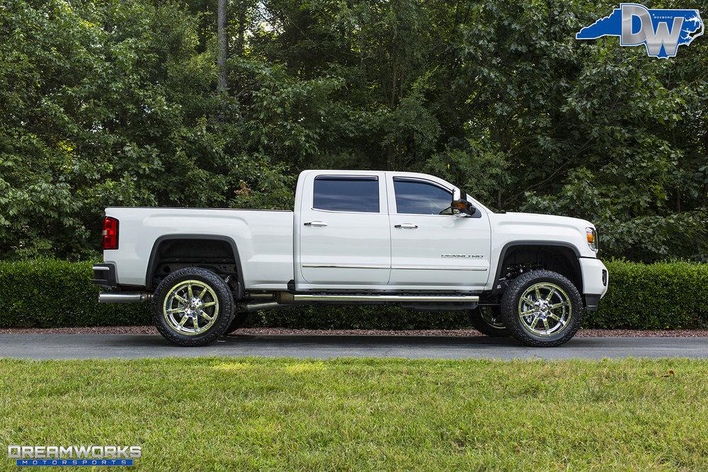 White-GMC-Denali-HD-Truck-Dreamworks-Motorsports-10.jpg