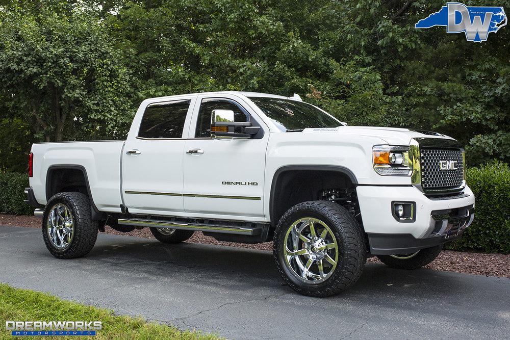 White-GMC-Denali-HD-Truck-Dreamworks-Motorsports-12.jpg
