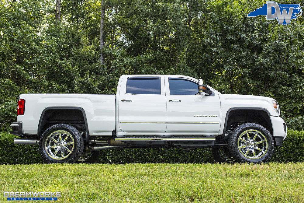 White-GMC-Denali-HD-Truck-Dreamworks-Motorsports-11.jpg