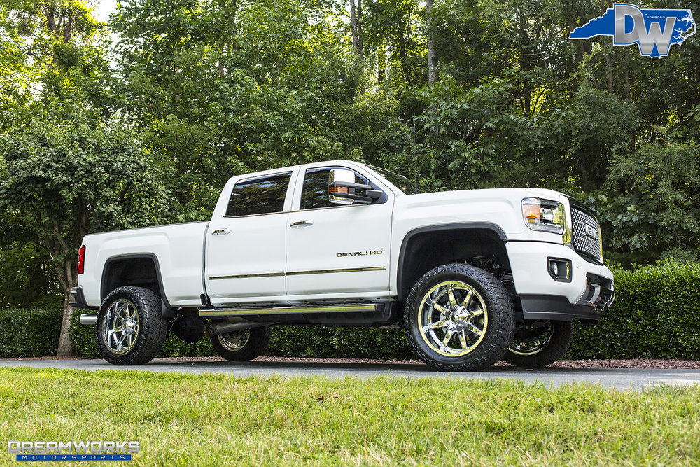White-GMC-Denali-HD-Truck-Dreamworks-Motorsports-13.jpg