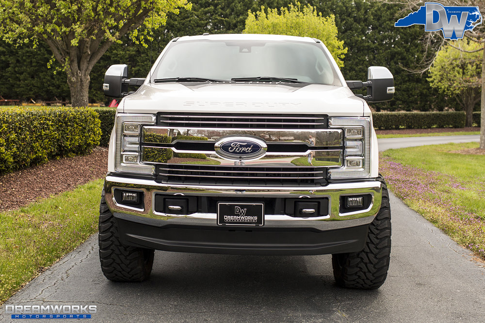 White-Ford-F250-Fuel-Wheels-Dreamworks-Motorsports-4.jpg