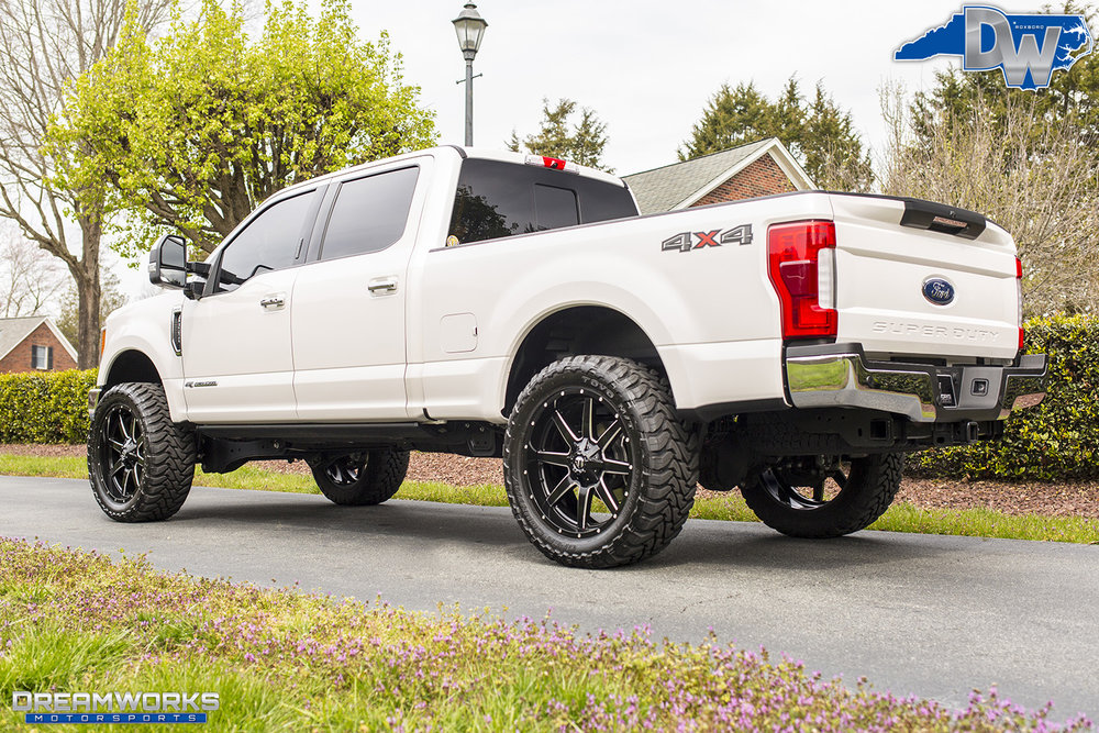 White-Ford-F250-Fuel-Wheels-Dreamworks-Motorsports-7.jpg