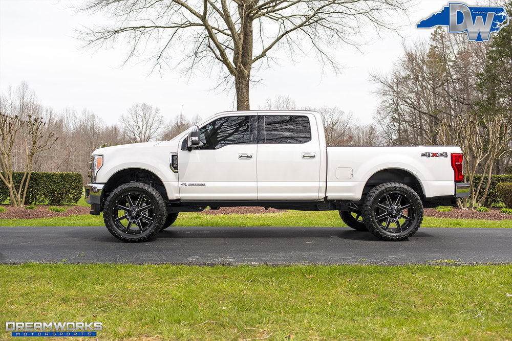 White-Ford-F250-Fuel-Wheels-Dreamworks-Motorsports-9.jpg