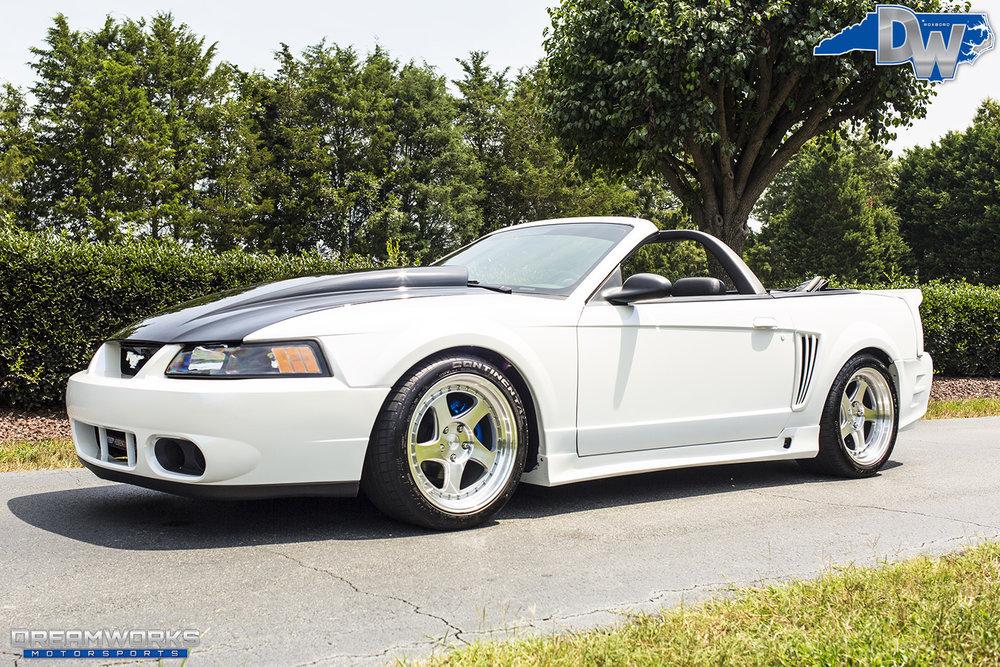 White-Saleen-Mustang-Dreamworks-Motorsports-2.jpg