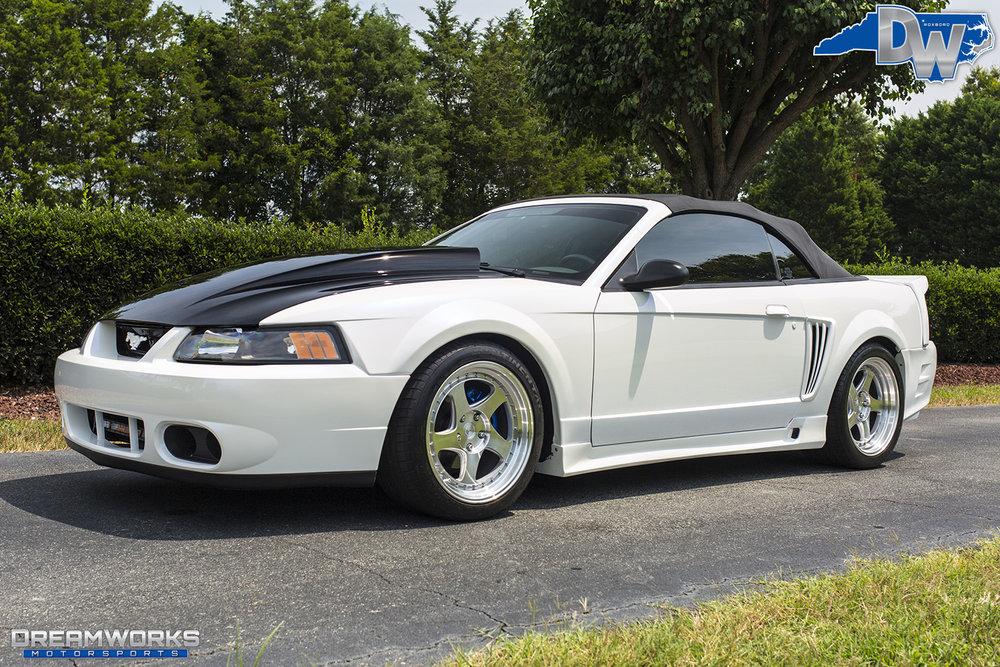White-Saleen-Mustang-Dreamworks-Motorsports-8.jpg
