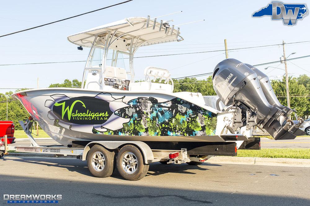 Wahooligans-Fishing-Team-Boat-Dreamworks-Motorsports-4.jpg