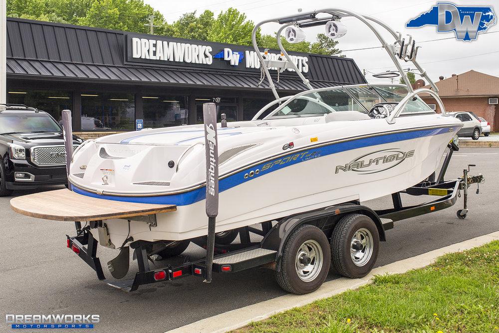White-Nautique-Boat-Dreamworks-Motorsports-2.jpg