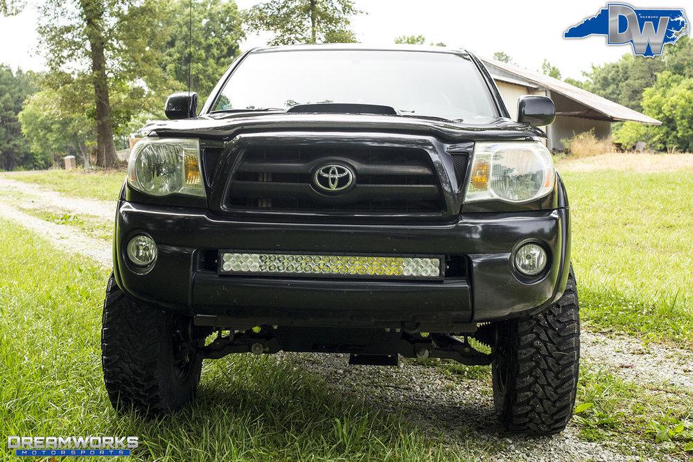 Black-Toyota-Tacoma-Dreamworks-Motrosports-5.jpg
