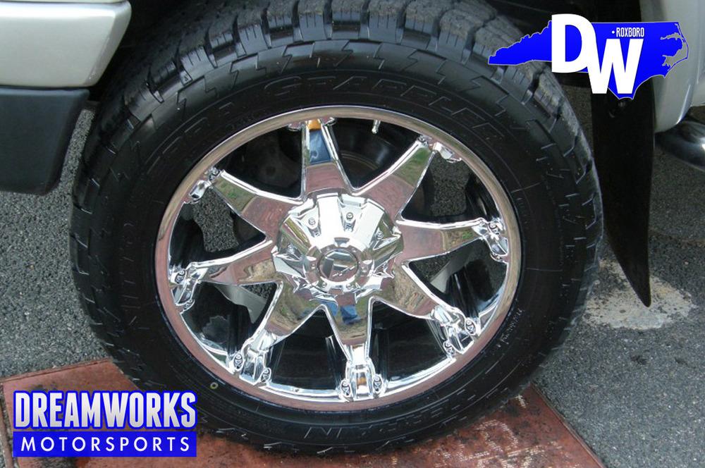 Toyota-Tacoma-Fuel-Otane-Dreamworks-Motorsports-5.jpg